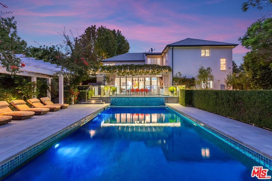 Photo of 543 MORENO Avenue, Los Angeles, CA 90049