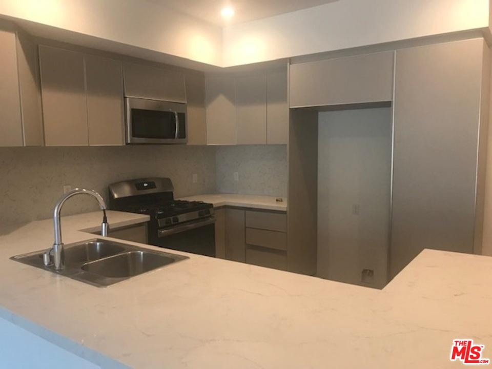 Photo of 1439 ARMACOST, Los Angeles, CA 90025