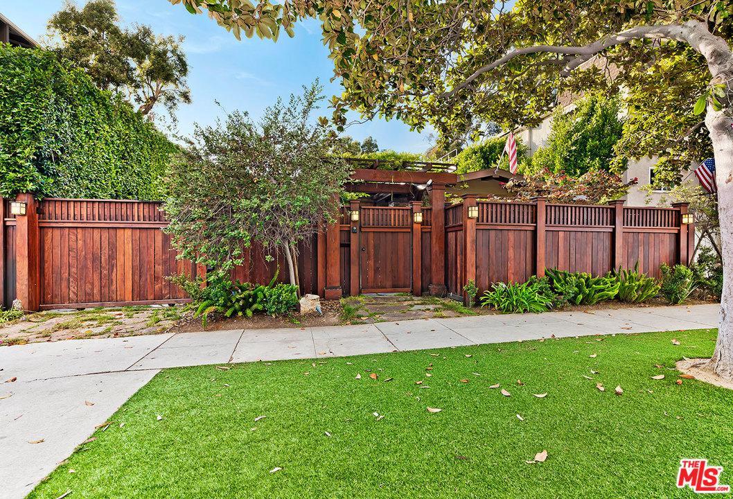 Photo of 625 CALIFORNIA AVE, Santa Monica, CA 90403