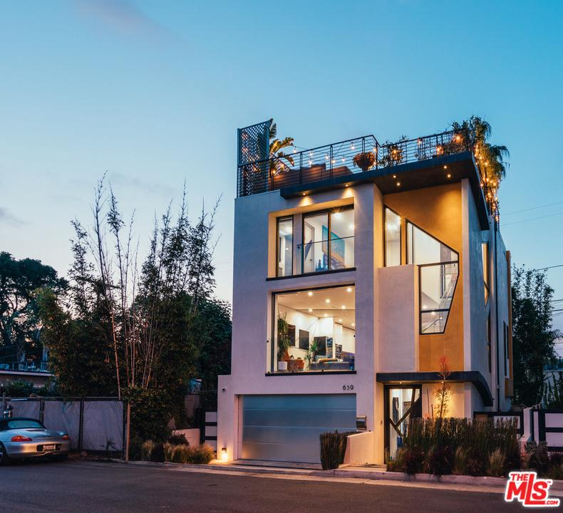Photo of 639 MILDRED AVE, Venice, CA 90291