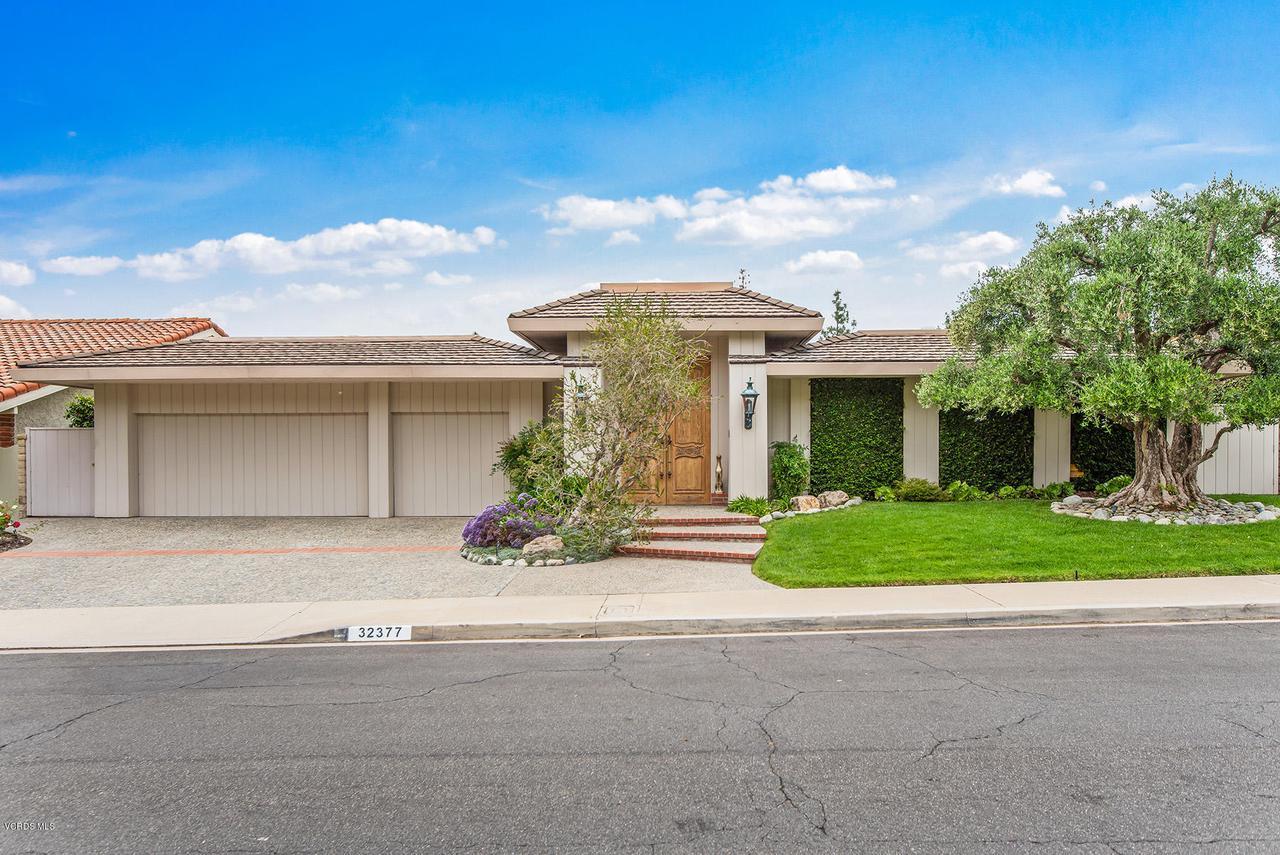 Photo of 32377 LAKE PLEASANT Drive, Westlake Village, CA 91361