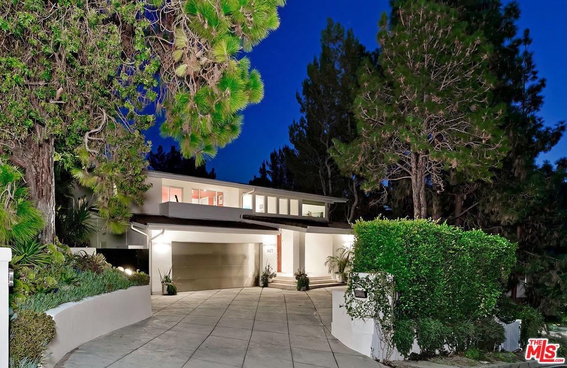 Photo of 9477 REMBERT LN, Beverly Hills, CA 90210