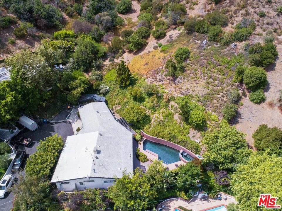 Photo of 9821 MILLBORO Place, Beverly Hills, CA 90210