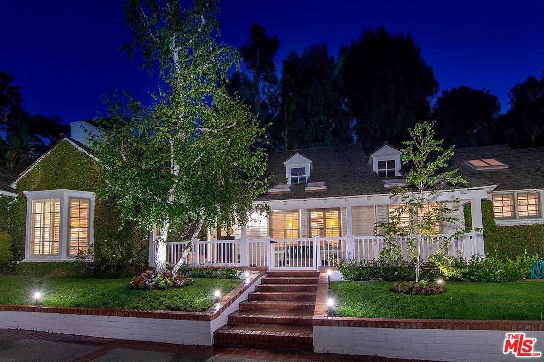 Photo of 1134 SAN YSIDRO DR, Beverly Hills, CA 90210