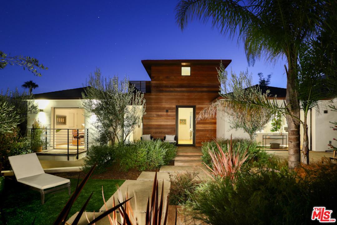 Photo of 902 BERKELEY ST, Santa Monica, CA 90403