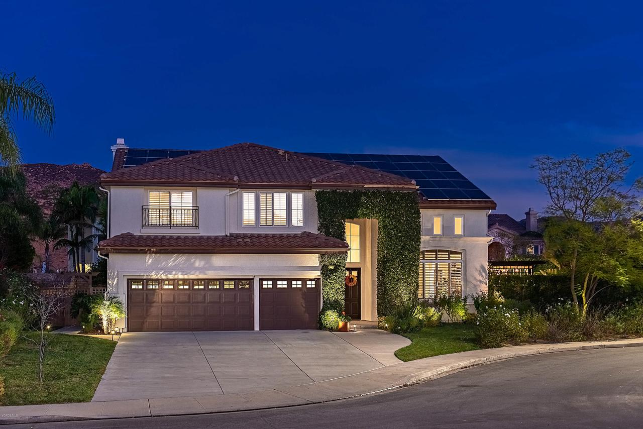 Photo of 3252 LITTLE FEATHER Avenue, Simi Valley, CA 93063