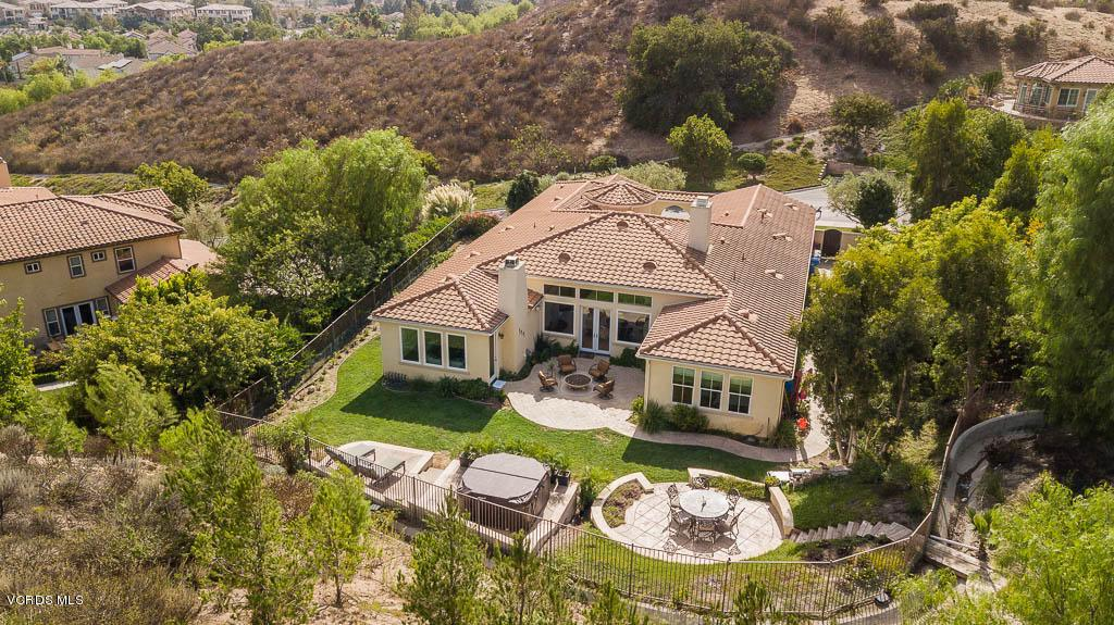 Photo of 1068 CLEAR SKY Place, Simi Valley, CA 93065