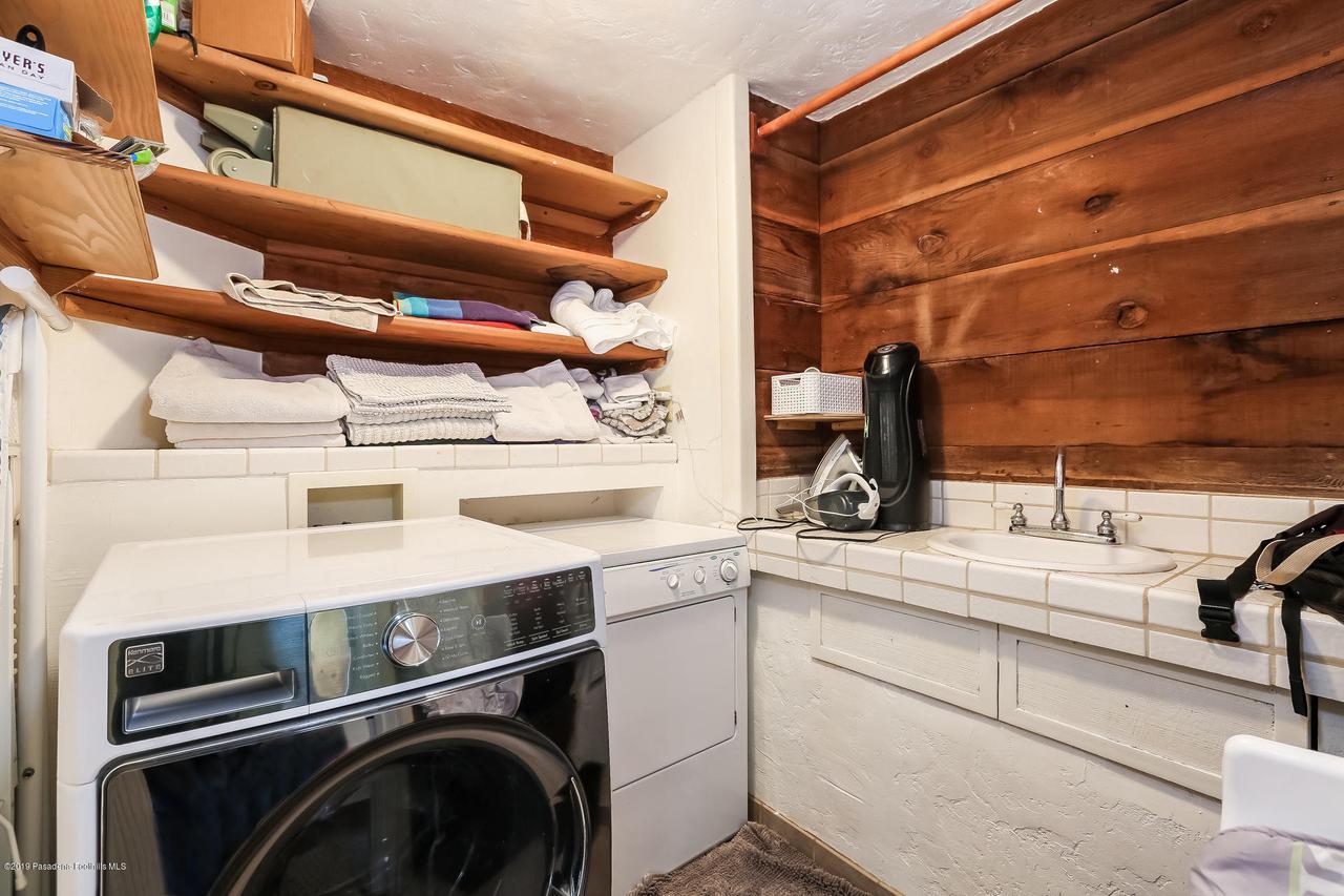 1654 GLEN AYLSA, Los Angeles (City), CA 90041 - 013-photo-laundry-room-6869223