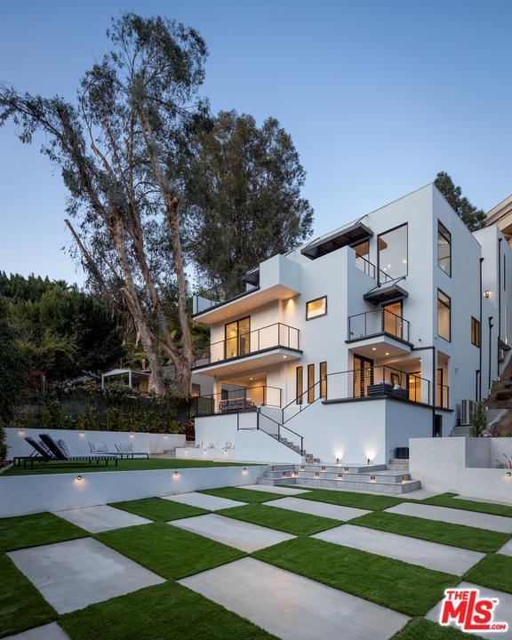 Photo of 1314 SUNSET PLAZA Drive, Los Angeles, CA 90069