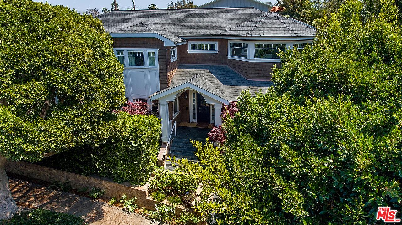 Photo of 2202 GEORGINA AVE, Santa Monica, CA 90402