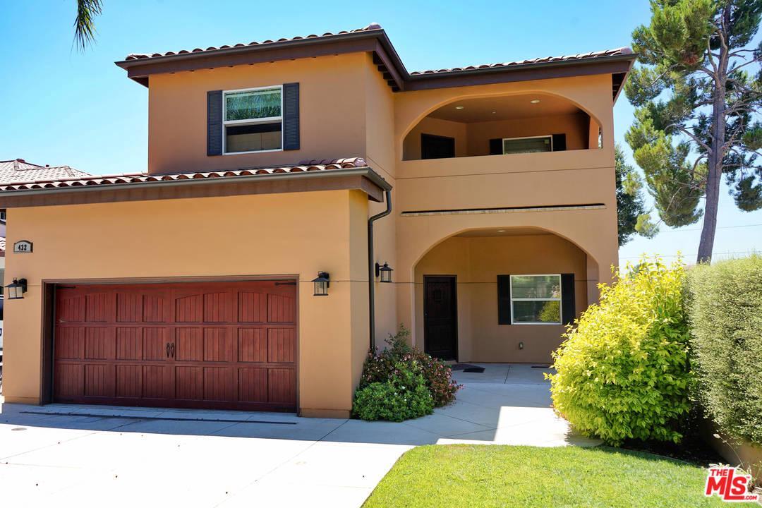 Photo of 432 E SACRAMENTO ST, Altadena, CA 91001