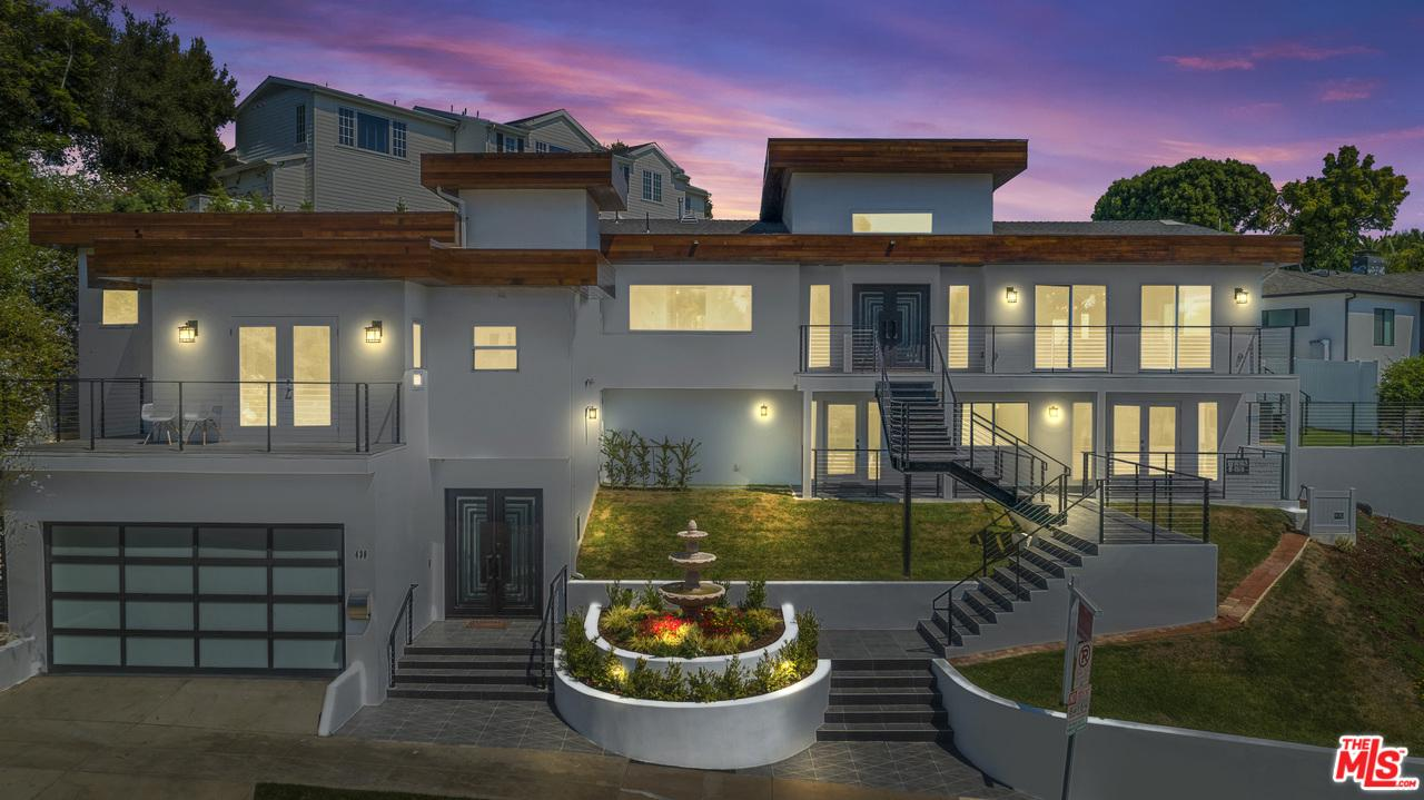 Photo of 436 LEVERING AVE, Los Angeles, CA 90024
