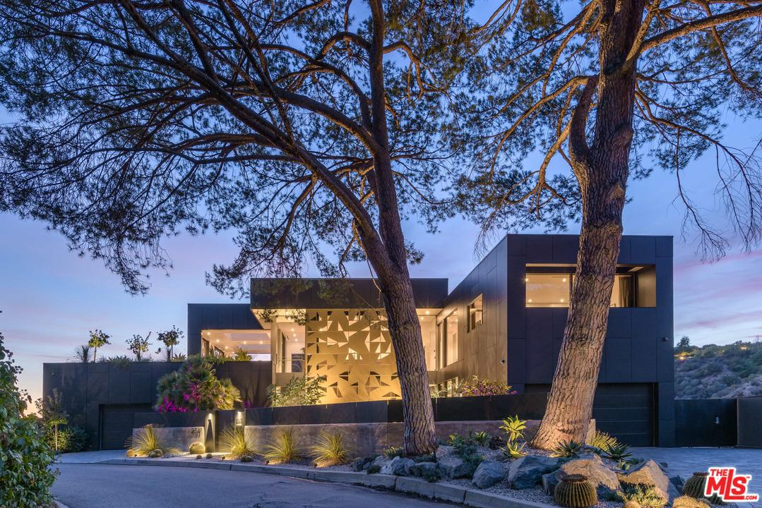 2341 Gloaming Way Beverly Hills Ca 90210 Sotheby S