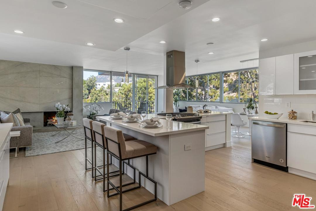 Photo of 17352 W SUNSET, Pacific Palisades, CA 90272