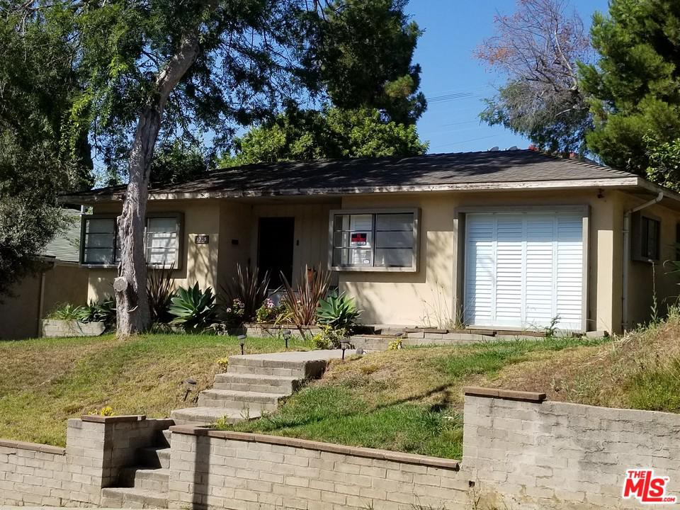 Photo of 3735 GLOBE Avenue, Los Angeles, CA 90066