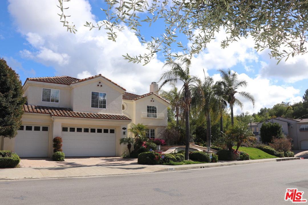 Photo of 5900 VISTA DE LA LUZ, Woodland Hills, CA 91367