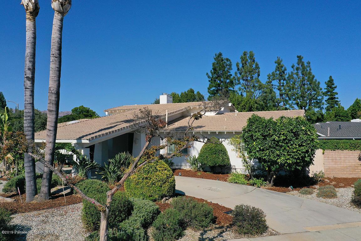 Photo of 9746 BELMAR Avenue, Northridge, CA 91324