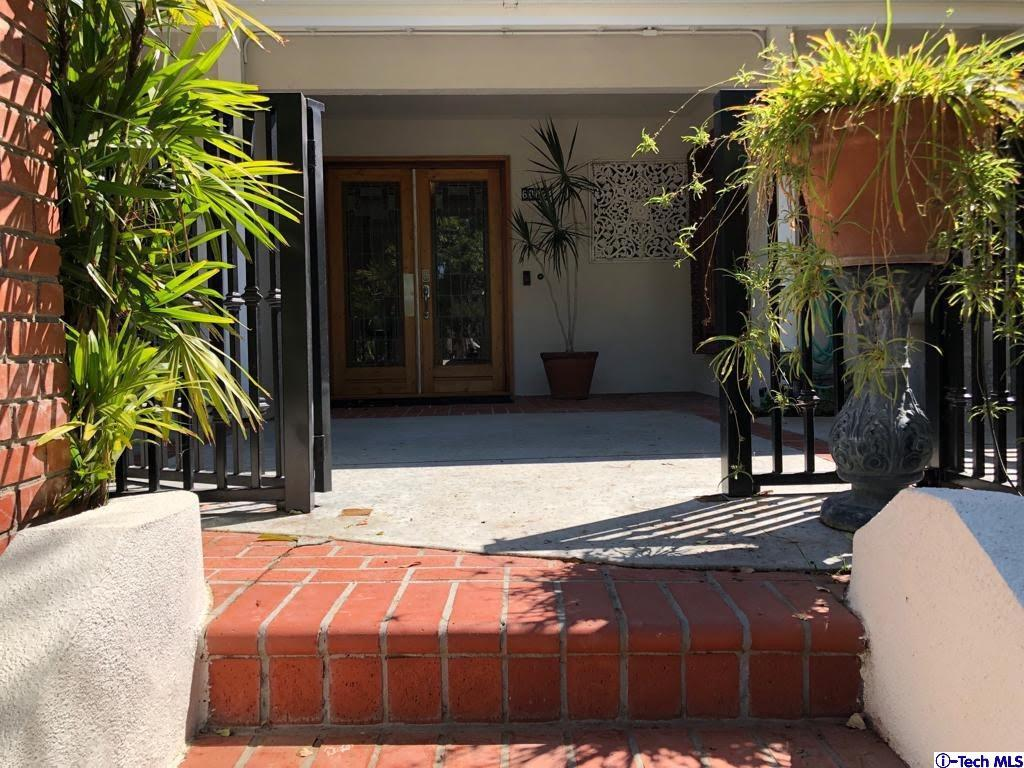 6002 MANTON Avenue, Woodland Hills, CA 91367