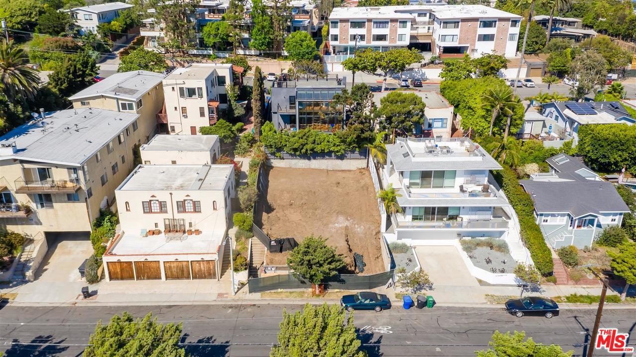 Photo of 2433 6TH Street, Santa Monica, CA 90405