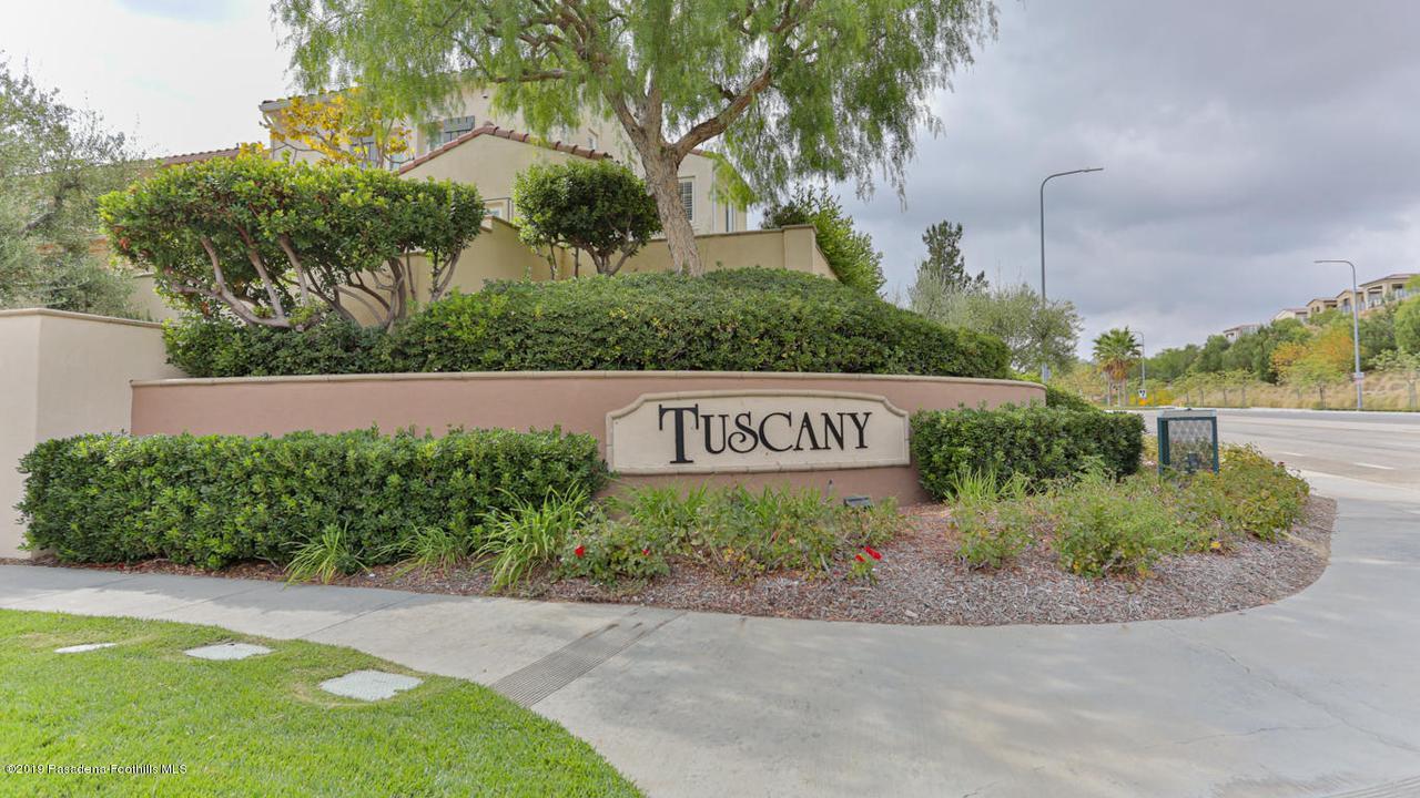 Photo of 11516 BARGELLO Way, Northridge, CA 91326