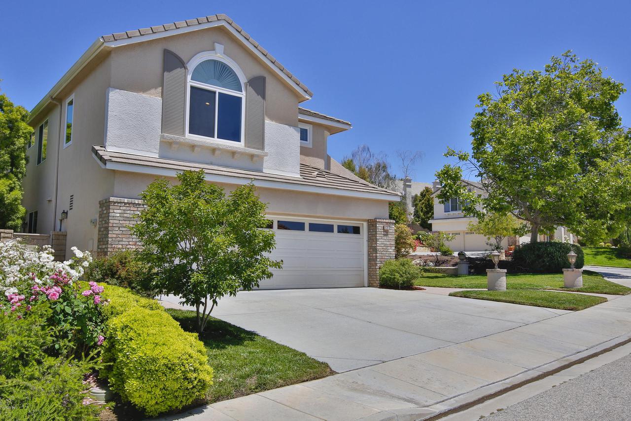 Photo of 6391 BALLANTINE Place, Oak Park, CA 91377