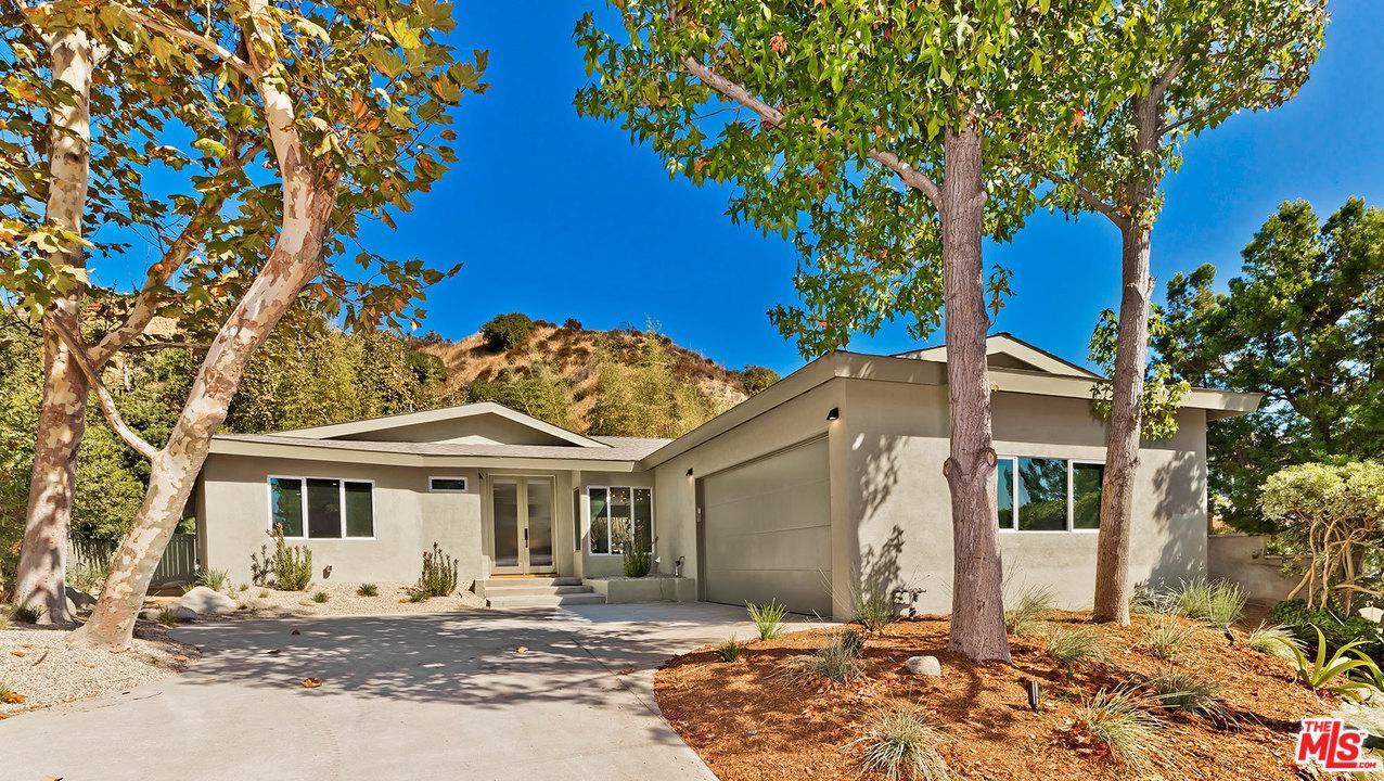 Photo of 9491 REMBERT Lane, Beverly Hills, CA 90210