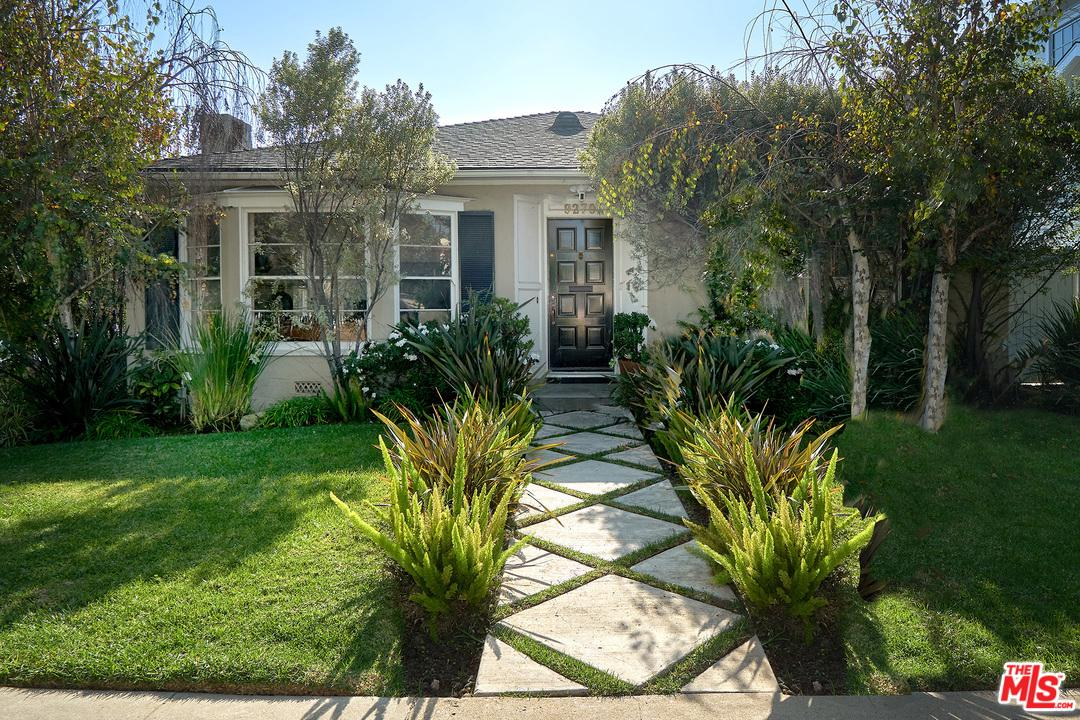 Photo of 9270 AIRDROME Street, Los Angeles, CA 90035
