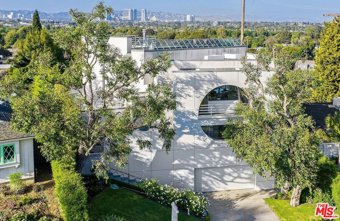 Photo of 11911 LAWLER Street, Los Angeles, CA 90066
