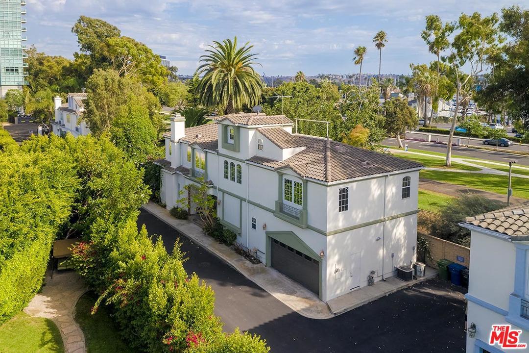 Photo of 1008 HARBOR CROSSING Lane, Marina Del Rey, CA 90292