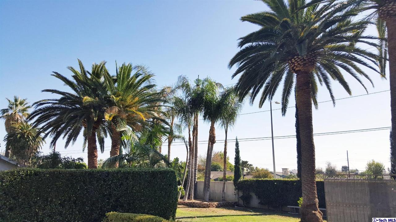 15941 PARTHENIA Street, North Hills, CA 91343