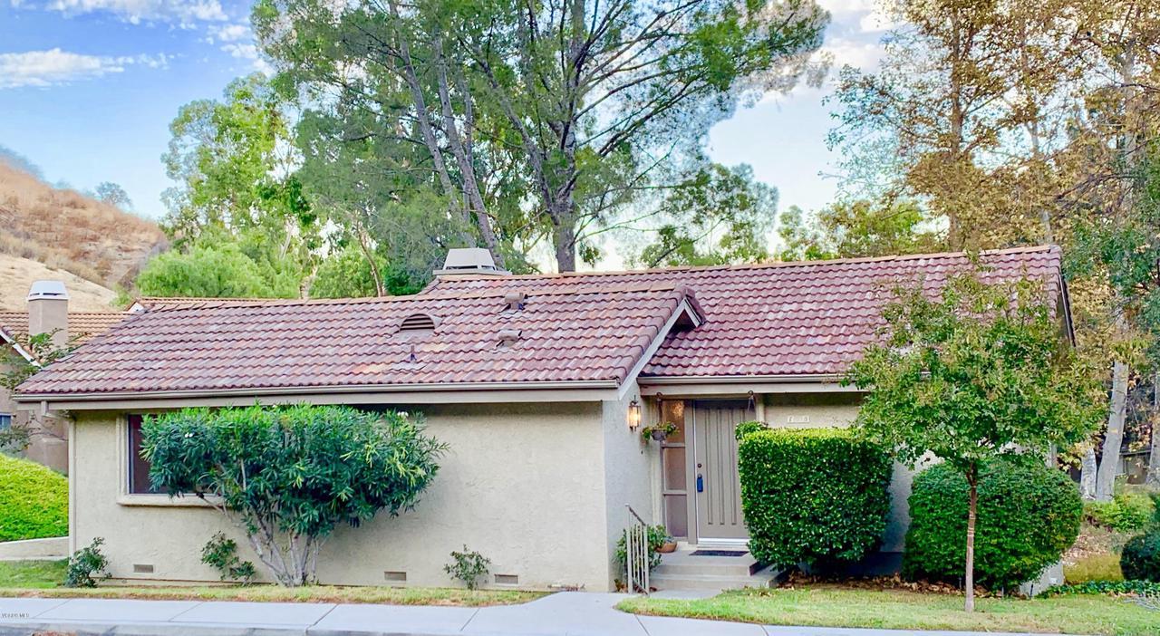 Photo of 125 CONIFER Circle, Oak Park, CA 91377