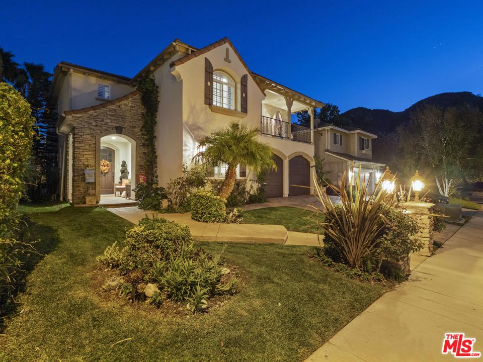 Photo of 25518 HOUSMAN Place, Stevenson Ranch, CA 91381