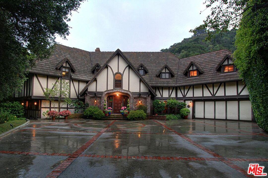 Photo of 1509 STONE CANYON Road, Los Angeles, CA 90077