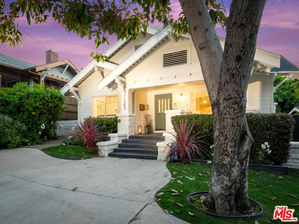 Photo of 1383 EDGECLIFFE Drive, Los Angeles, CA 90026