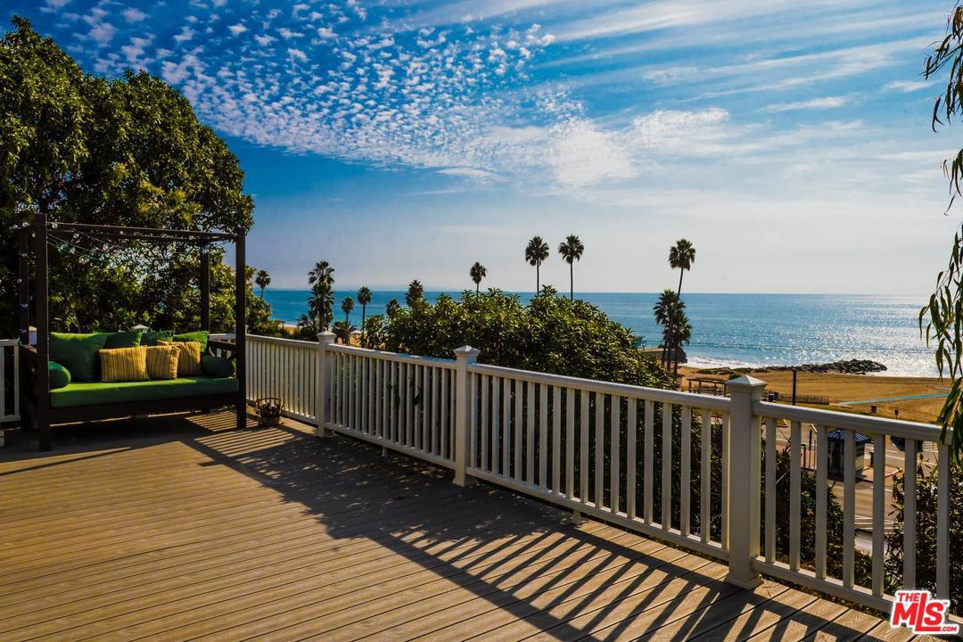 Photo of 16 VISTA Terrace, Pacific Palisades, CA 90272
