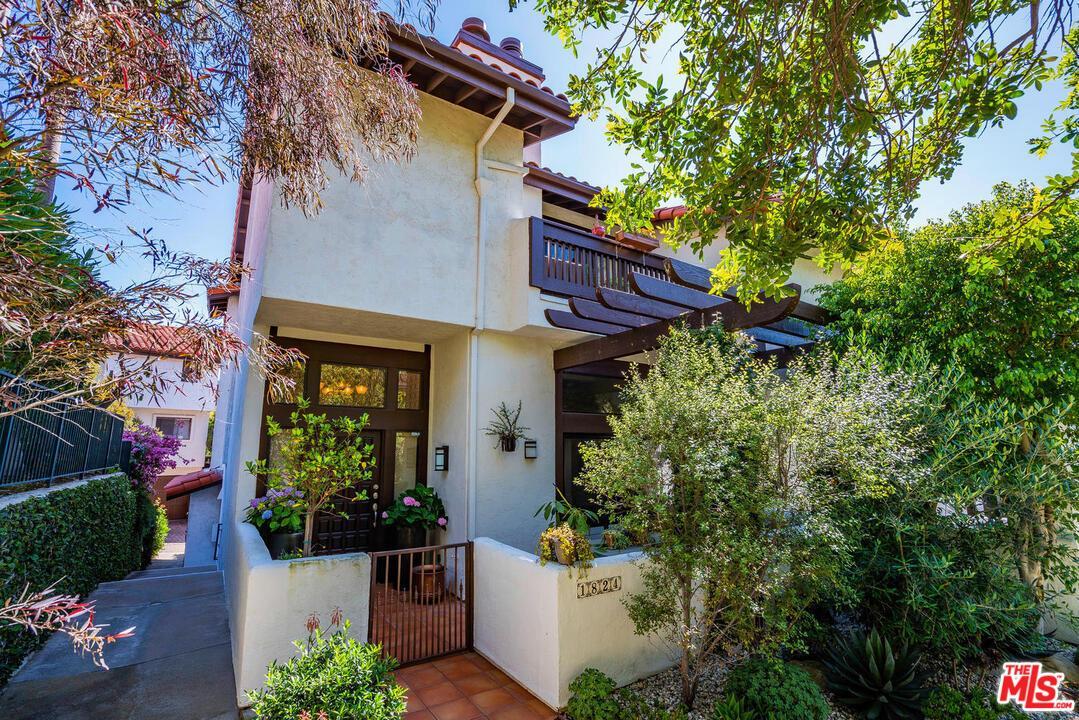 Photo of 1824 PALISADES Drive, Pacific Palisades, CA 90272