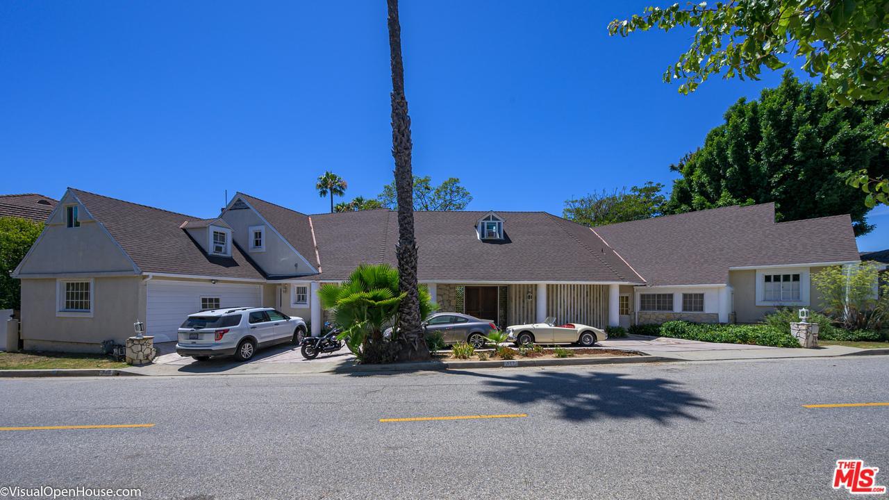 Photo of 903 LINDA FLORA Drive, Los Angeles, CA 90049