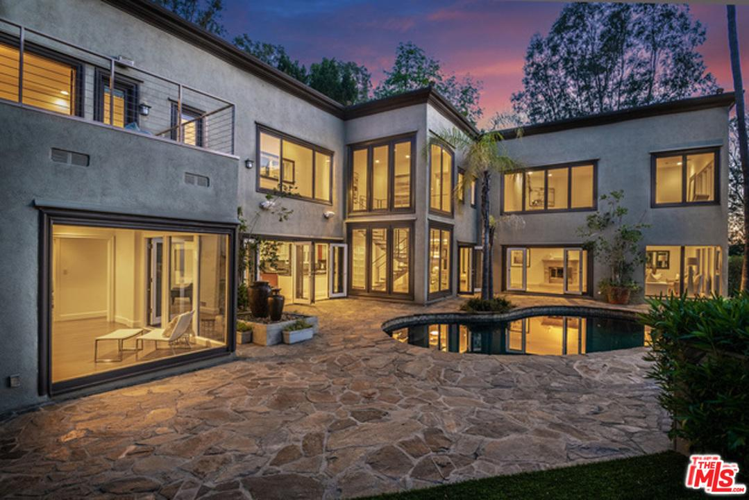 Photo of 9505 HIDDEN VALLEY Road, Beverly Hills, CA 90210