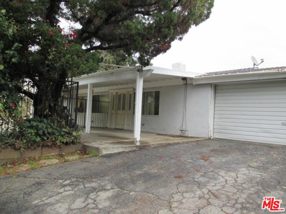 5843 WINNETKA Avenue, Woodland Hills, CA 91367