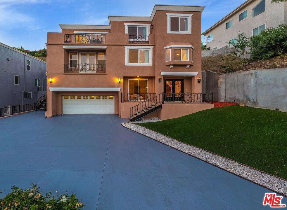 5265 ELVIRA Road, Woodland Hills, CA 91364