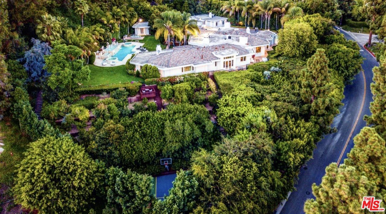 Photo of 911 LOMA VISTA Drive, Beverly Hills, CA 90210