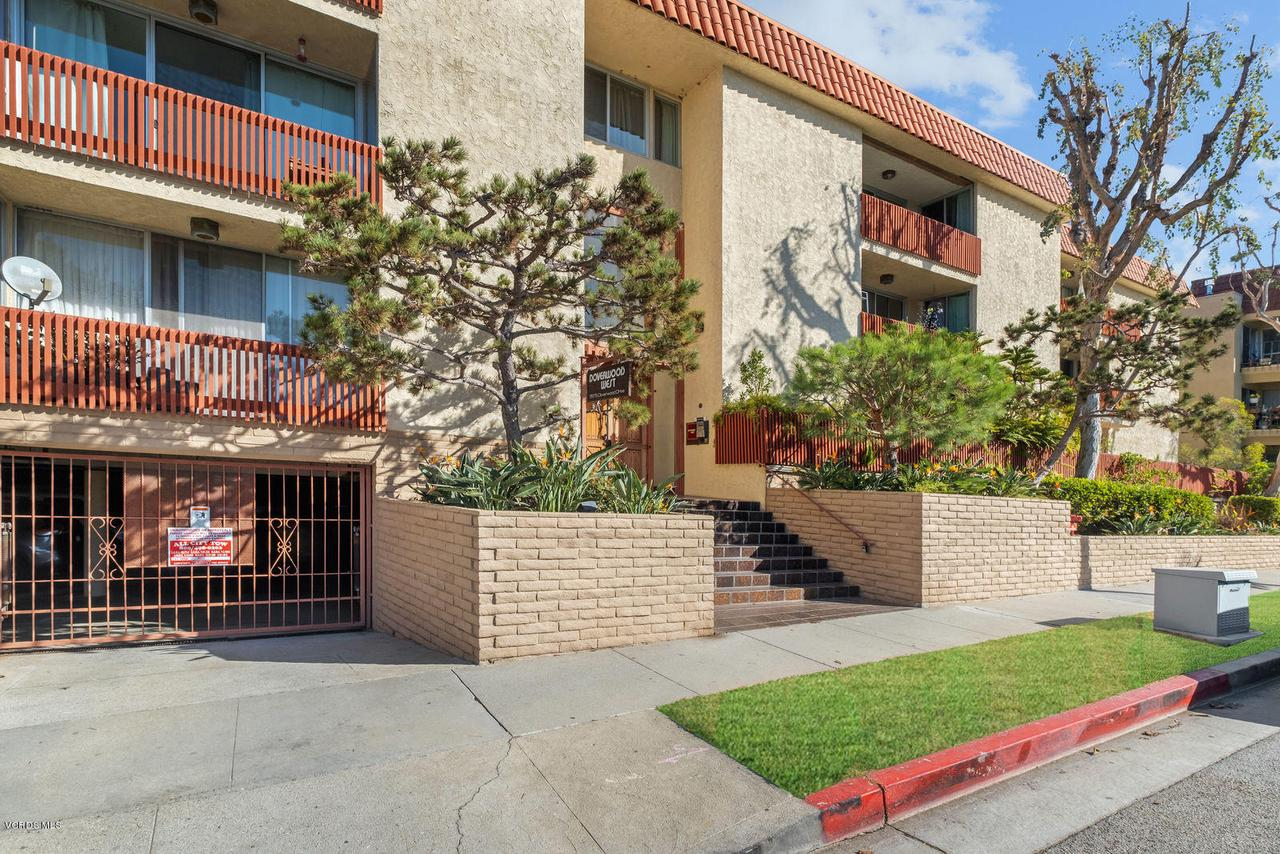 Photo of 5875 DOVERWOOD Drive #302, Culver City, CA 90230
