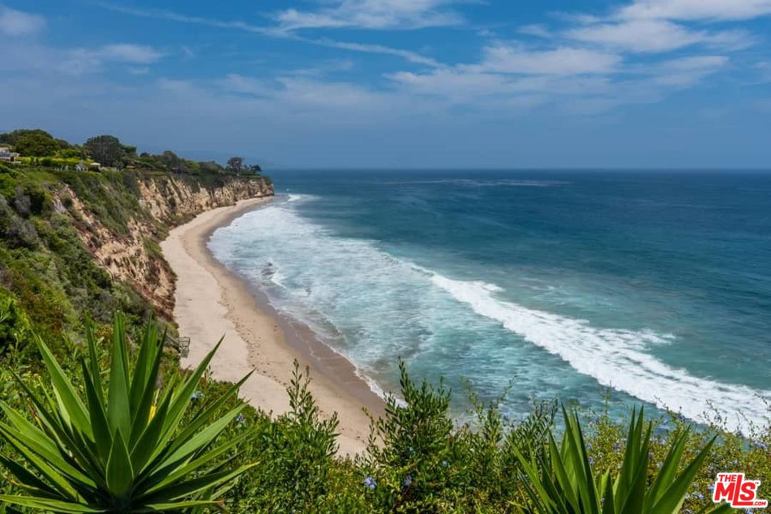 Photo of 29130 CLIFFSIDE Drive, Malibu, CA 90265