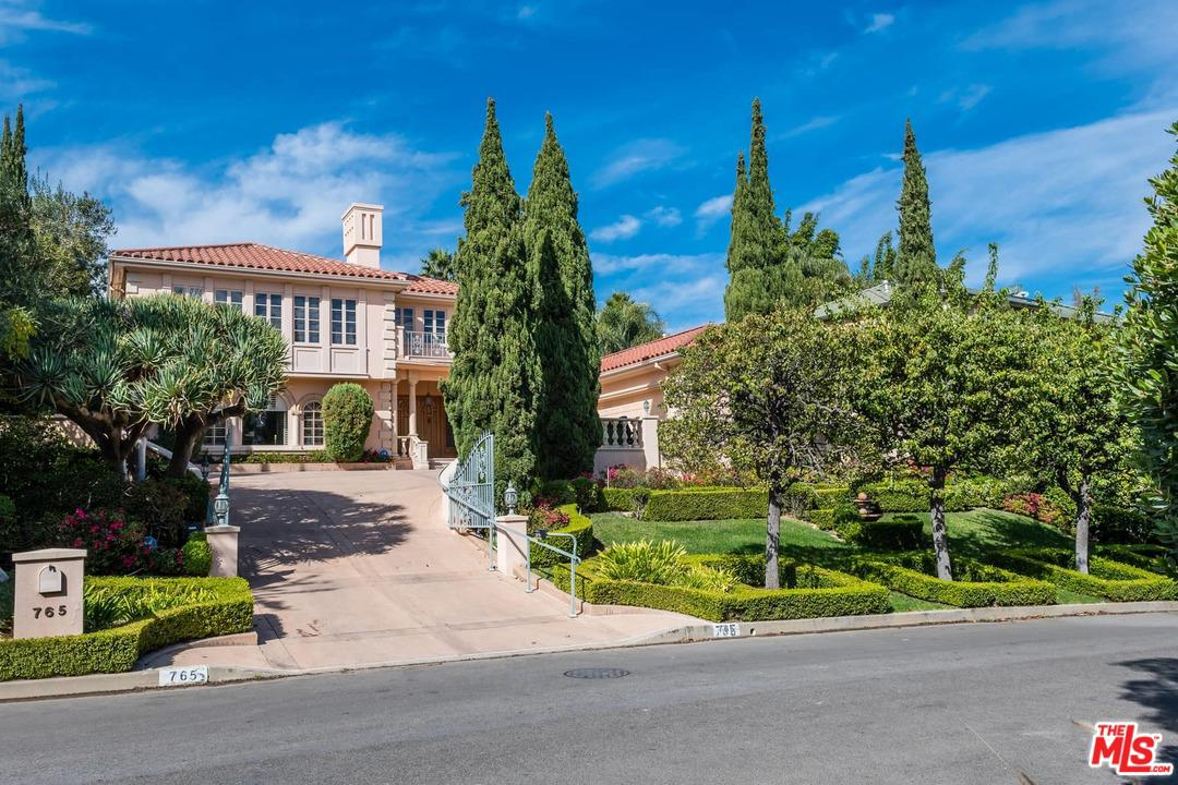 Photo of 765 NAPOLI Drive, Pacific Palisades, CA 90272