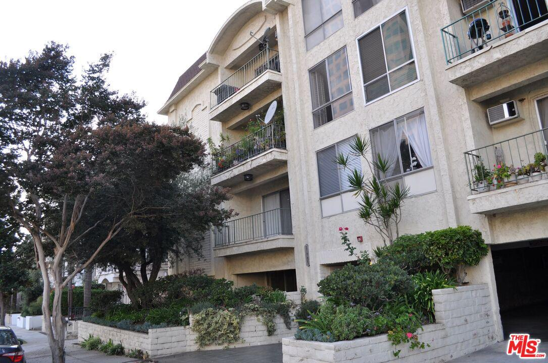 Photo of 11733 GOSHEN Avenue #303, Los Angeles, CA 90049