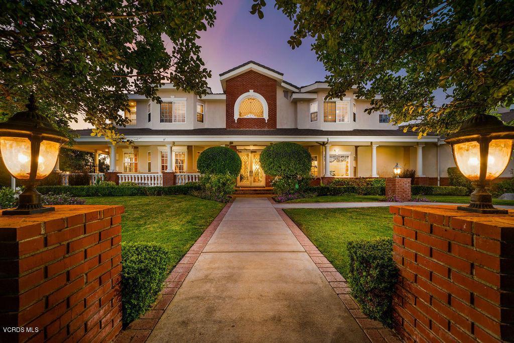 Photo of 10489 SUMMER VIEW Circle, Santa Rosa, CA 93012