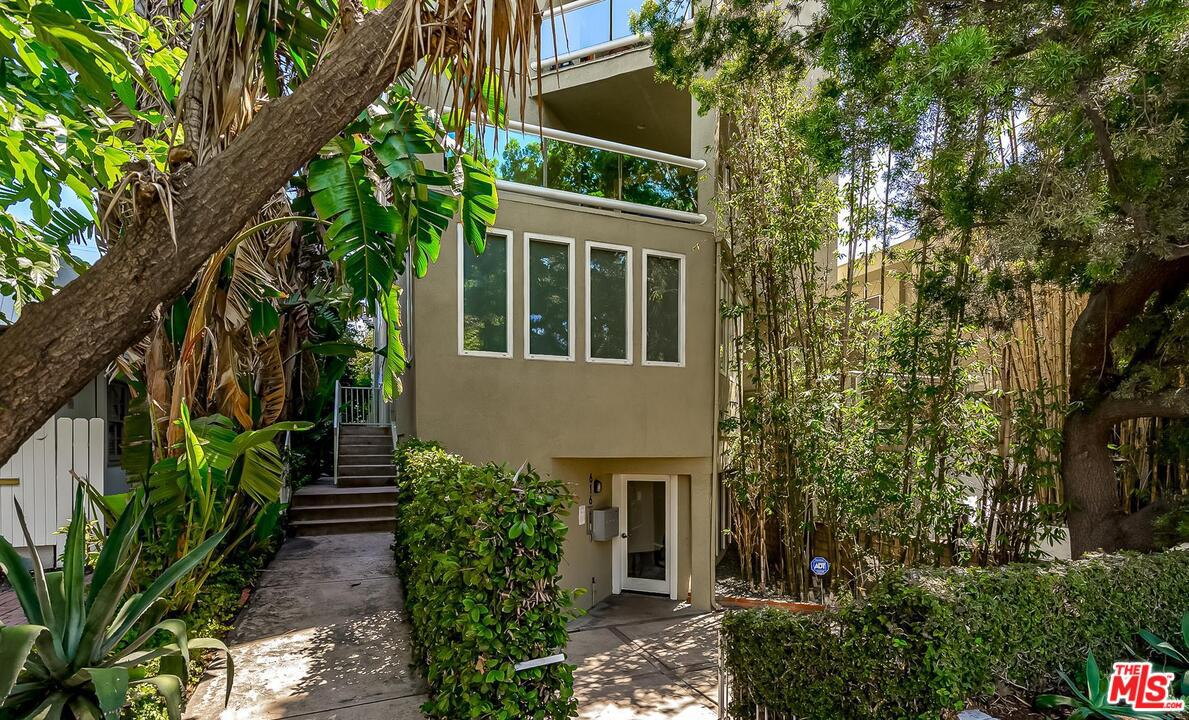 Photo of 616 HUNTLEY Drive #1, West Hollywood, CA 90069