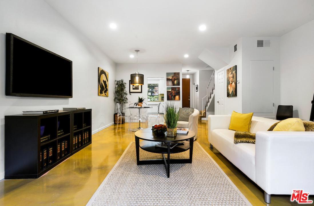 Photo of 2663 CENTINELA Avenue #202, Santa Monica, CA 90405