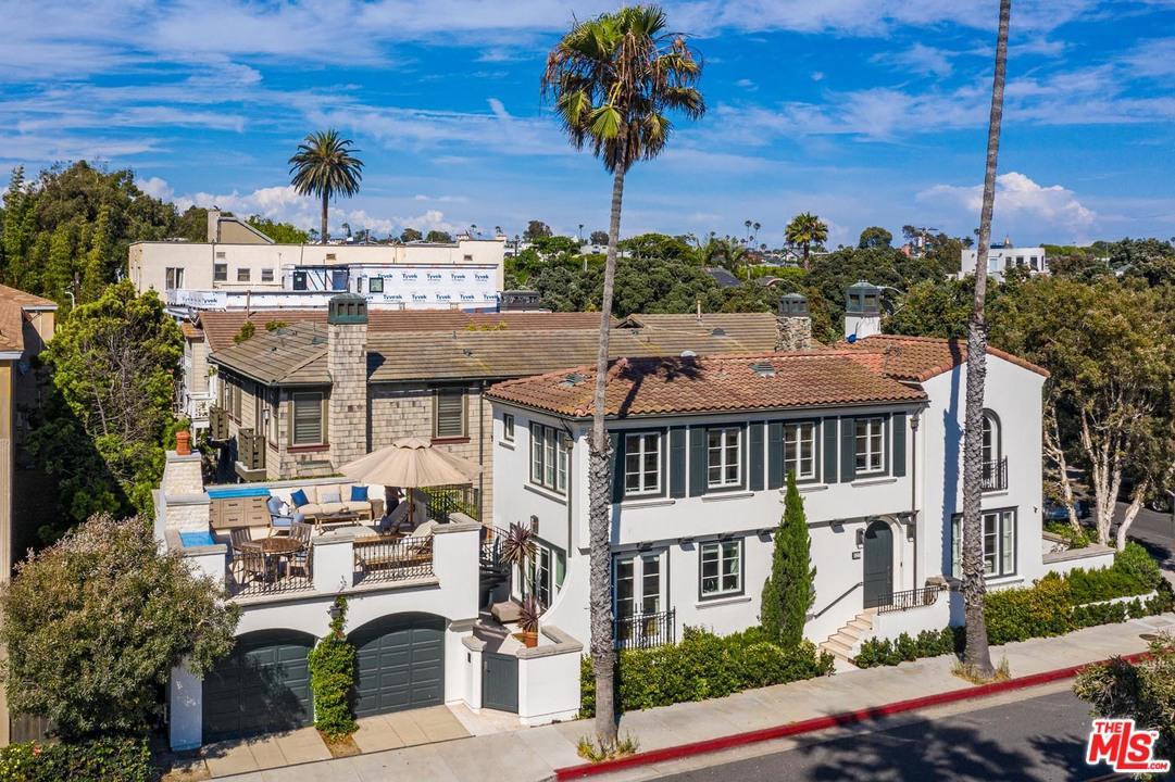 Photo of 127 HOLLISTER Avenue, Santa Monica, CA 90405