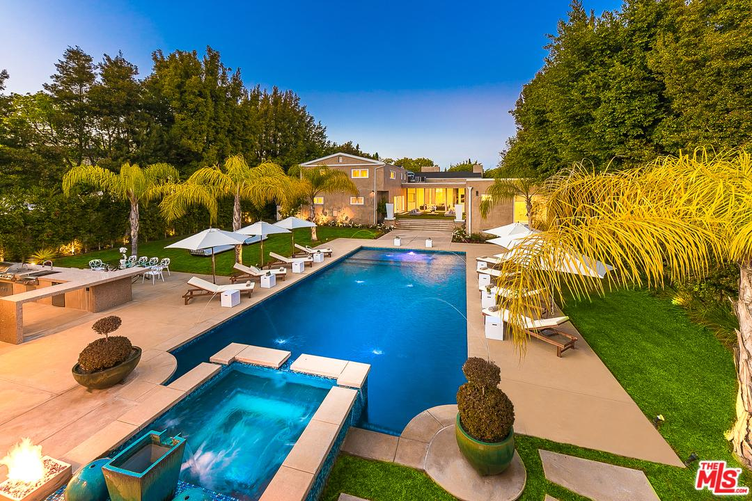 Photo of 703 North MAPLE Drive, Beverly Hills, CA 90210